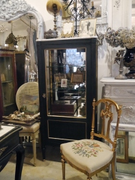 Glass Cabinet (304-19)