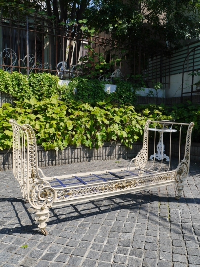 Iron Bed (388-19)