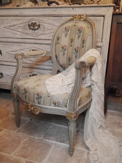 French Arm Chair (G-3)