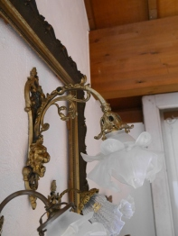 Lily Wall Light (EBF145)
