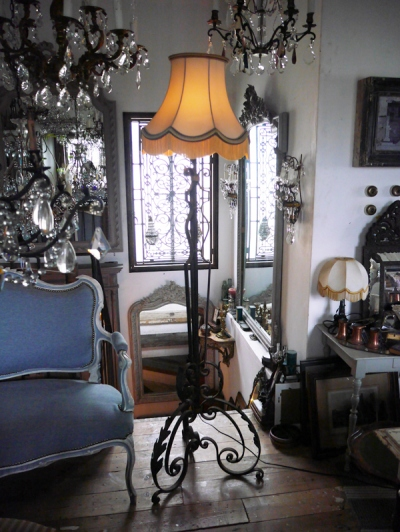 Floor Stand Light (SK095)