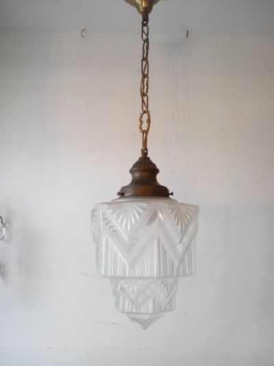 Pendant Light (C-1)