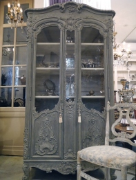 Glass Cabinet (273-13)
