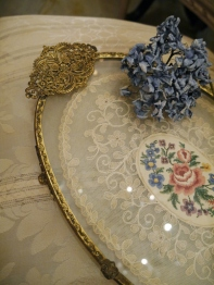Lace Tray (EUK217)
