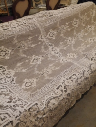 Antique Lace Cloth (E1804-20)