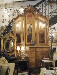 Armoire Glass Cabinet (738-20)