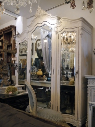 Armoire Cabinet (Three Mirrors) (702-20)