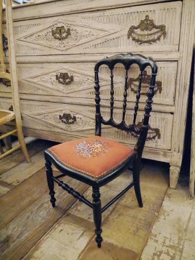 Napoleon Child Chair (G-2)