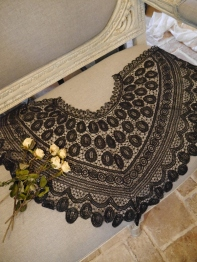 Antique Lace (N1803)