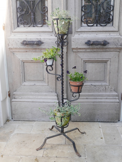Planter Stand (G-1)
