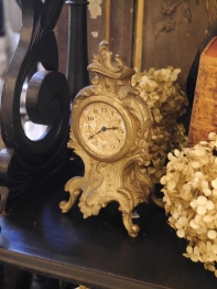 Antique Clock (F59-21)