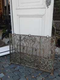 Fire Screen (440-14)