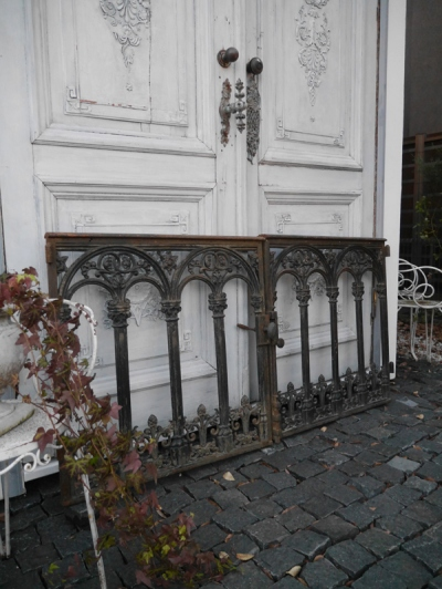Pair of Iron Gate (456-14)