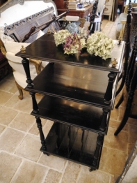 Black Shelf (G-1)