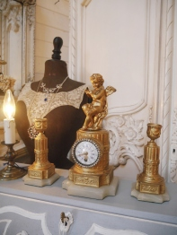 Antique Clock & Candle Stand (EU1019)