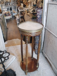 Side Table (015-22)