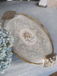 Lace Tray (N12)
