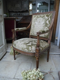 French Arm Chair (823-16)