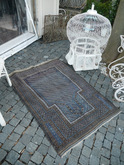 Antique Rug (653-15)