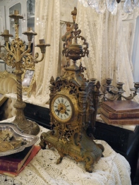 Antique Clock (663-20)