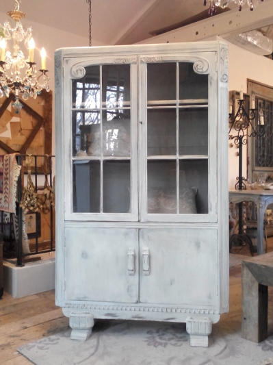 Glass Cabinet (M-2)