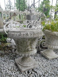 Antique Planter (96801-16)