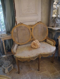 French Sofa (310-19)