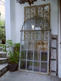 French Window <Medium> (83302-16)