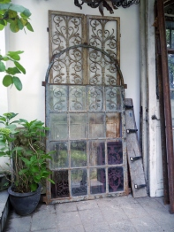 French Window <Medium> (83303-16)