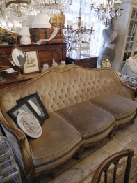 French Sofa (039-12)
